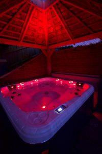 Relax spa hot tub bespoke swim spas